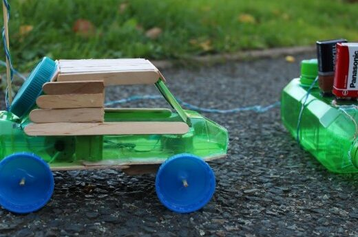 Cách Làm Ô Tô Đồ Chơi Điều Khiển Từ Xa Đơn Giản, Làm Xe Ô Tô Đơn Giản Từ Chai Nhựa